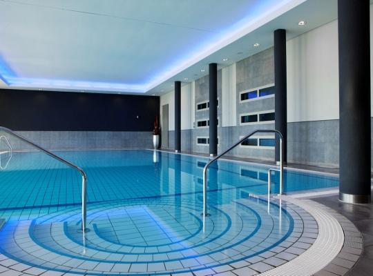 Van der Valk Hotel Berlin Brandenburg Zwembad