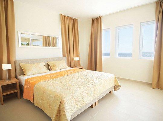 bluebay_room2.jpg