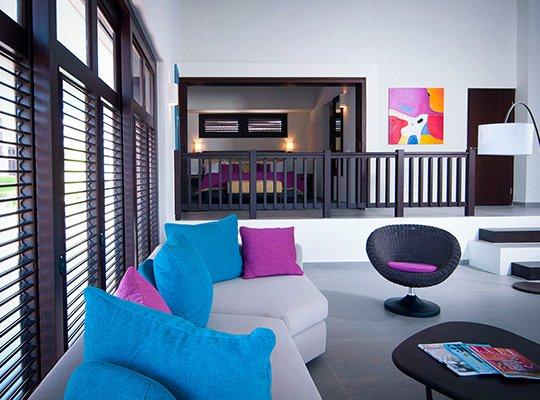 bluebay_livingroom.jpg