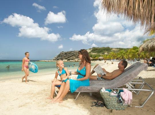 Curacao Blue Bay Strand 1