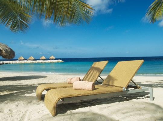 Curacao Blue Bay Strand 2