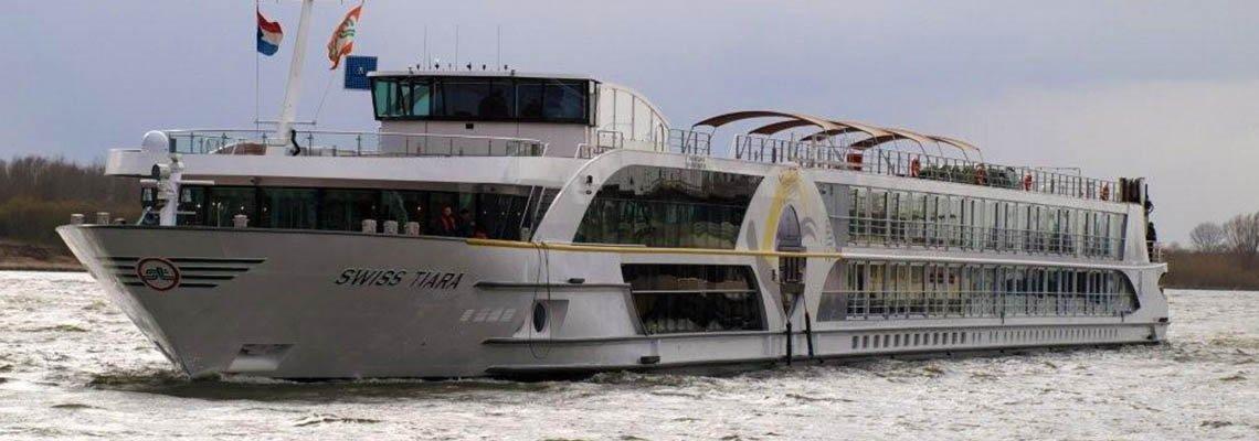 Swiss Tiara boat