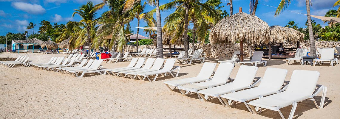 Plaza_Beach_Resort_Bonaire_beach