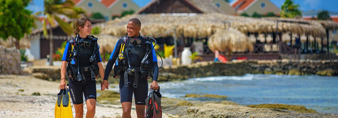 Plaza_Beach_Resort_Bonaire_diving