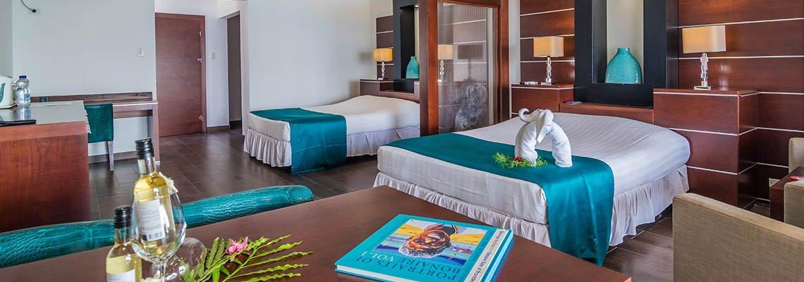Plaza_Beach_Resort_Bonaire_room